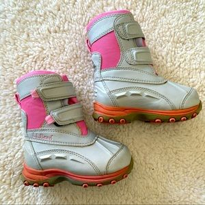 L.L. bean toddler girl pink snow-boots size 6
